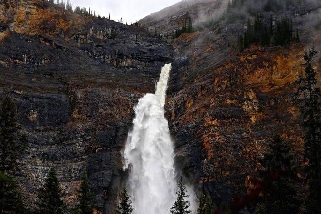 Takakkaw Falls 1